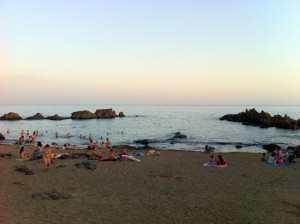 Bading i solnedgang, Lanzarote, Kanariøyene