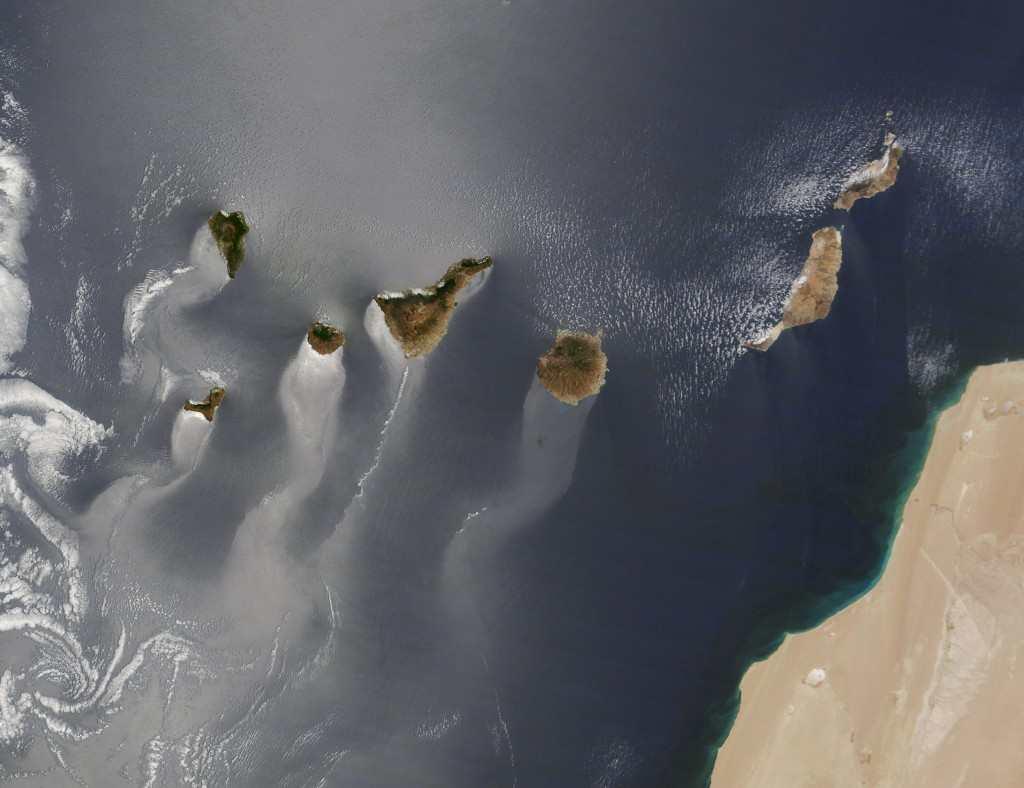 NASA Kanariøyene med haler, 2014-03-13 08.28.57