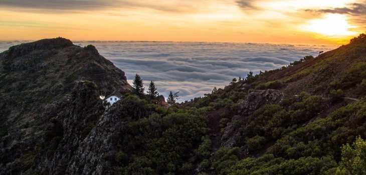 Madeira i solnedgang - theislandsinthesun.com