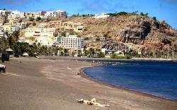 Playa-de-San-Sebastian La Gomera