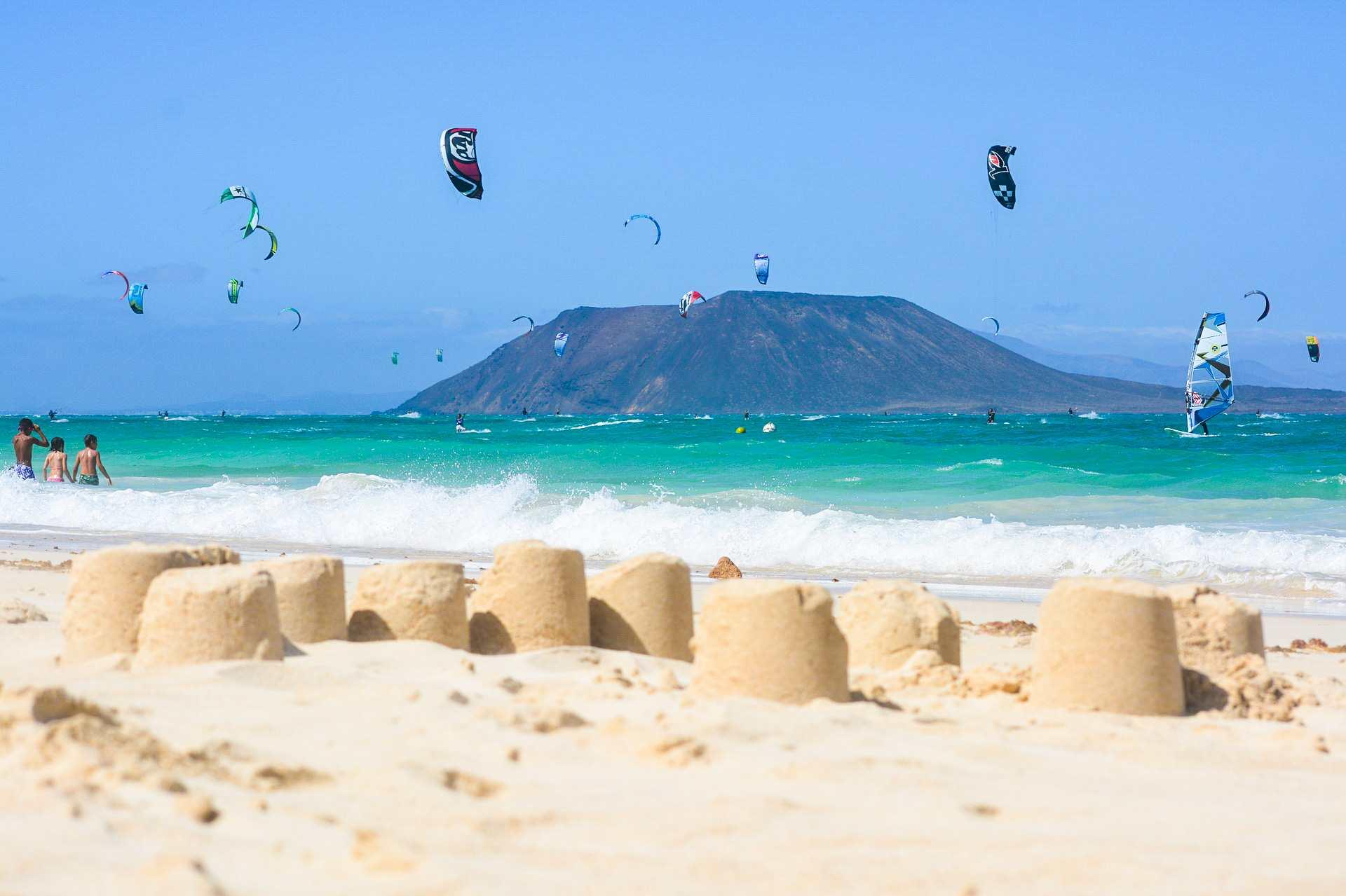 Isla de Lobos fra Fuerteventura - theislandsinthesun.com