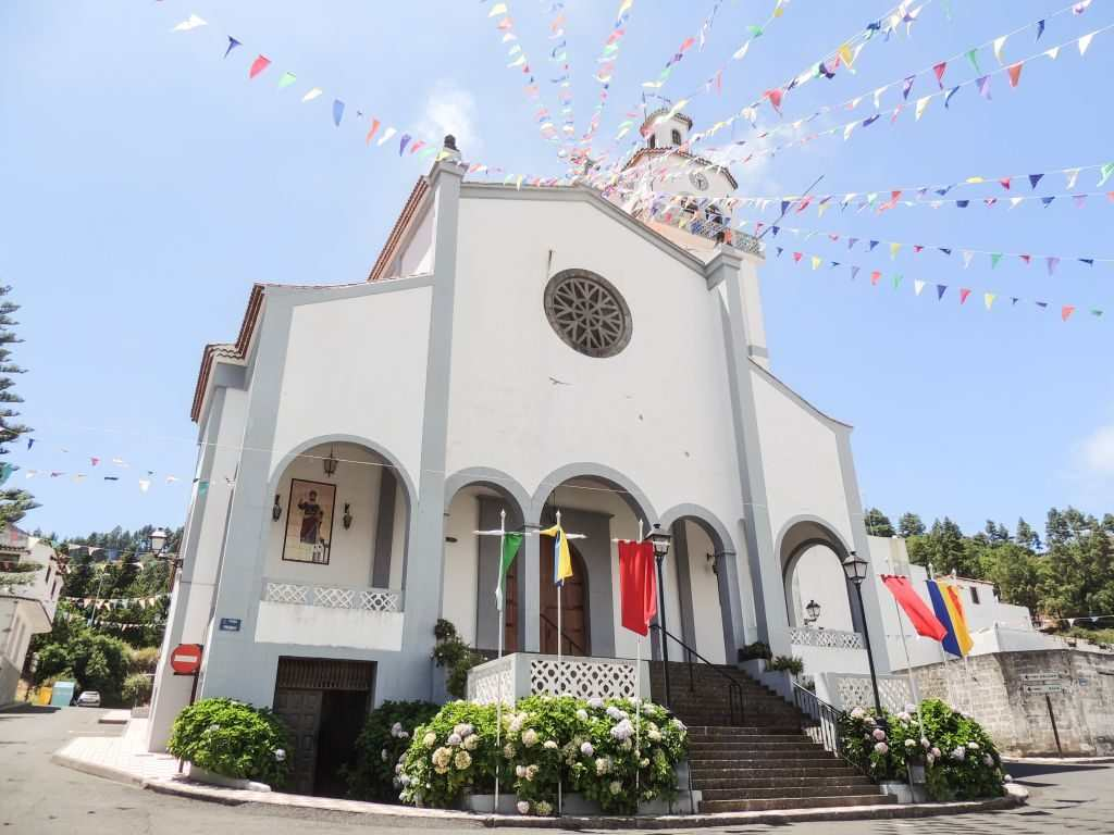 Kirken i Fontanales pyntet til fest Moya Gran Canaria