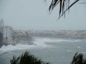 Storm i Arguineguin - verdens beste klima