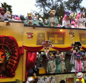 Tenerife Karneval - theislandsinthesun.com