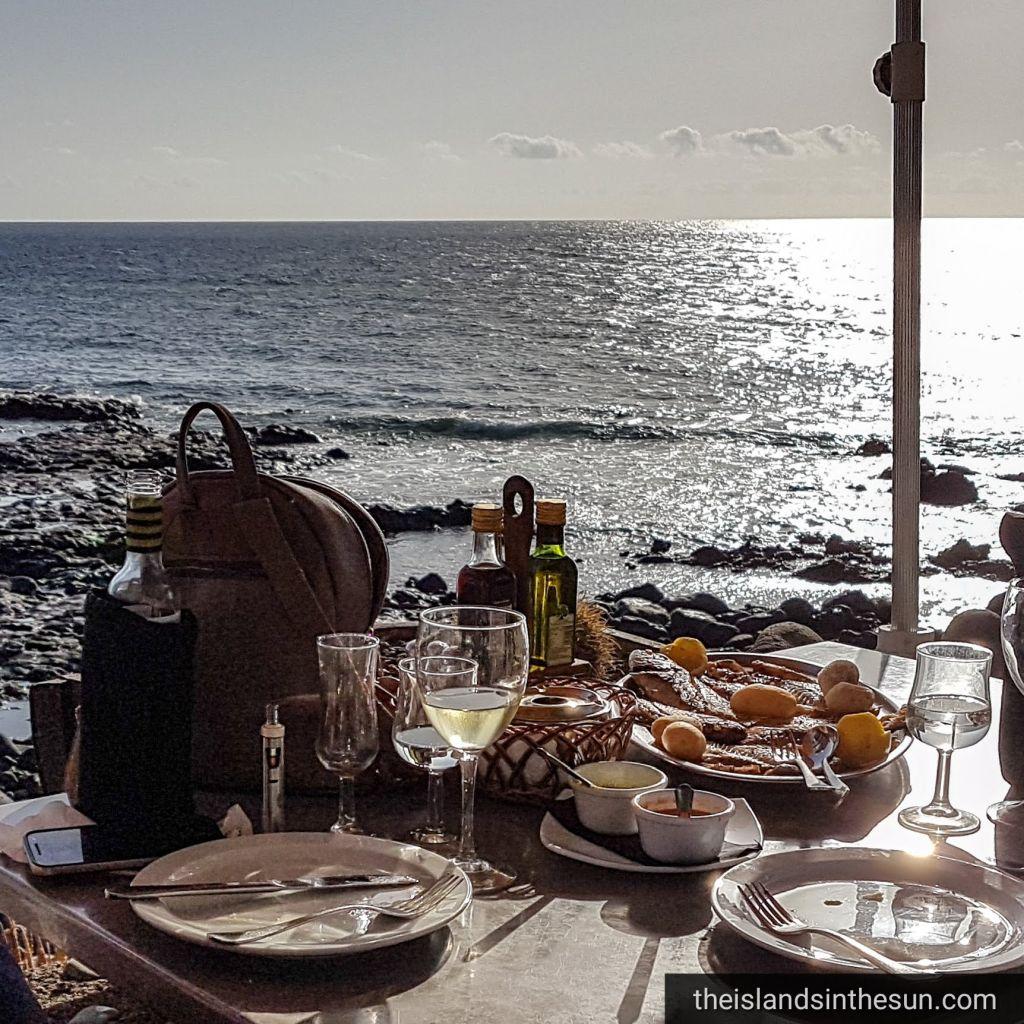 Lanzarote - El Golfo - theislandsinthesun.com