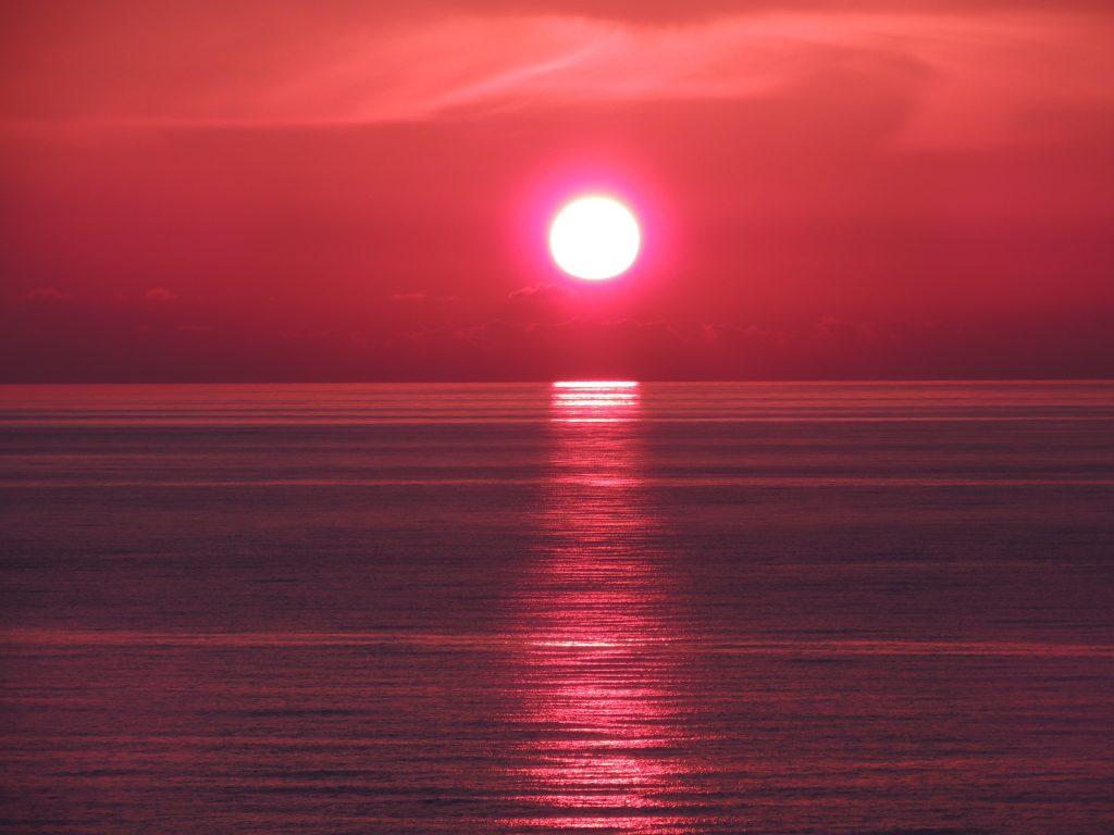 Rød solnedgang - solnedganger www.theislandsinthesun.com