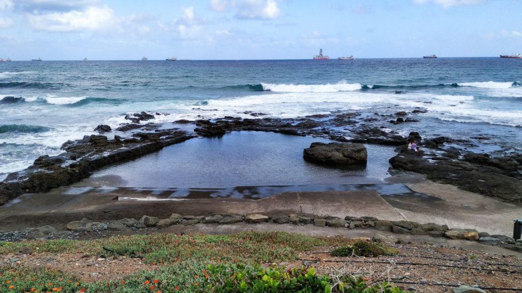 Det naturlige barnebassenget ved Playa de La Laja Las Palmas Gran canaria
