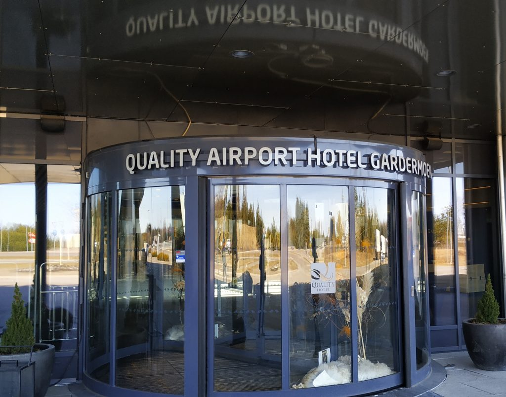 Hotell for internering - Quality airport Hotel Gardermoen Foto The Islands In the Sun